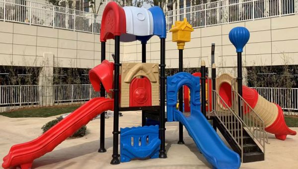 China Chenxuan Play Equipment signs a contract with Evergrande  for the supply and installation of children's play equipment